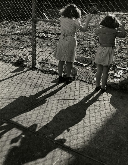 Eliot Elisofon, A wire fence is put up to keep trespassers out, from Playgrounds for Manhattan 1938, Vintage gelatin silver print