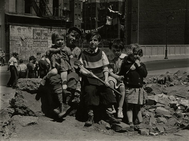 Eliot Elisofon, Untitled, from Playgrounds for Manhattan 1938, Vintage gelatin silver print