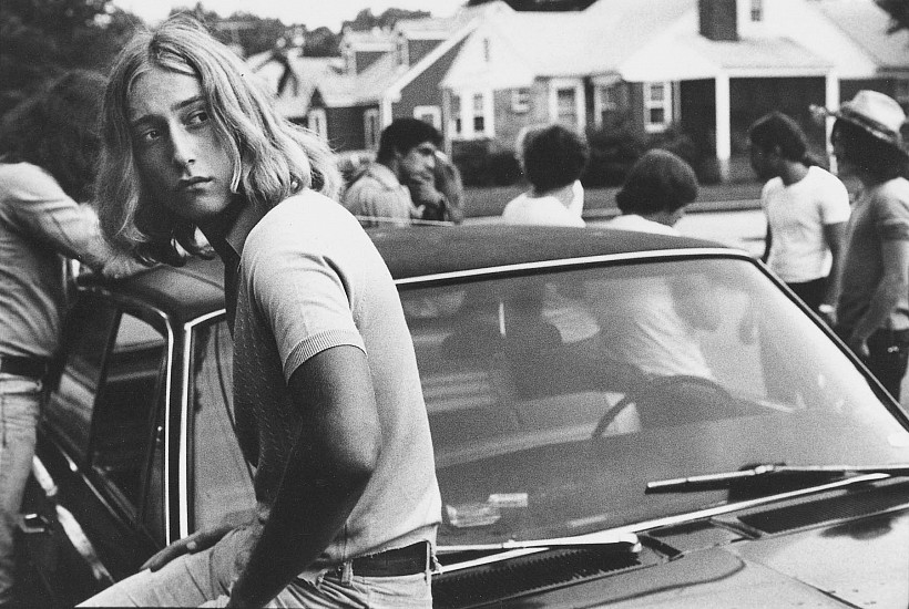 Joseph Szabo, Tom on his Car 1977, Vintage gelatin silver print