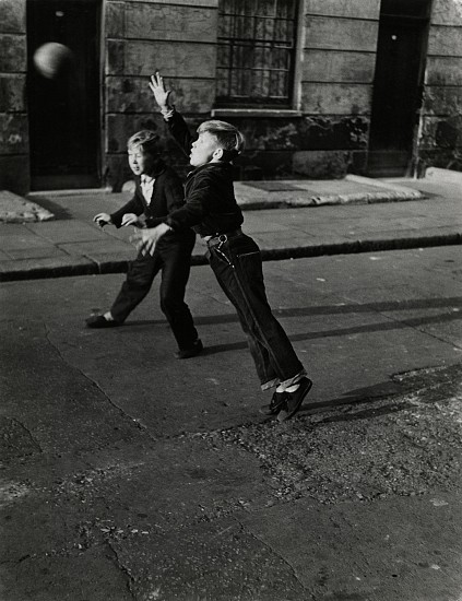 Roger Mayne, Brindley Road, Paddington, London 1956, Vintage gelatin silver print