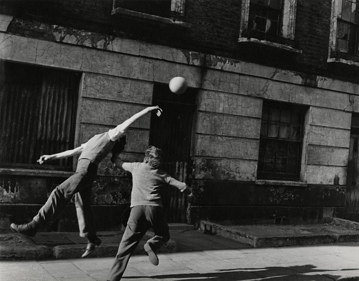 Roger Mayne, Brindley Road, Paddington, London 1957, Vintage gelatin silver print