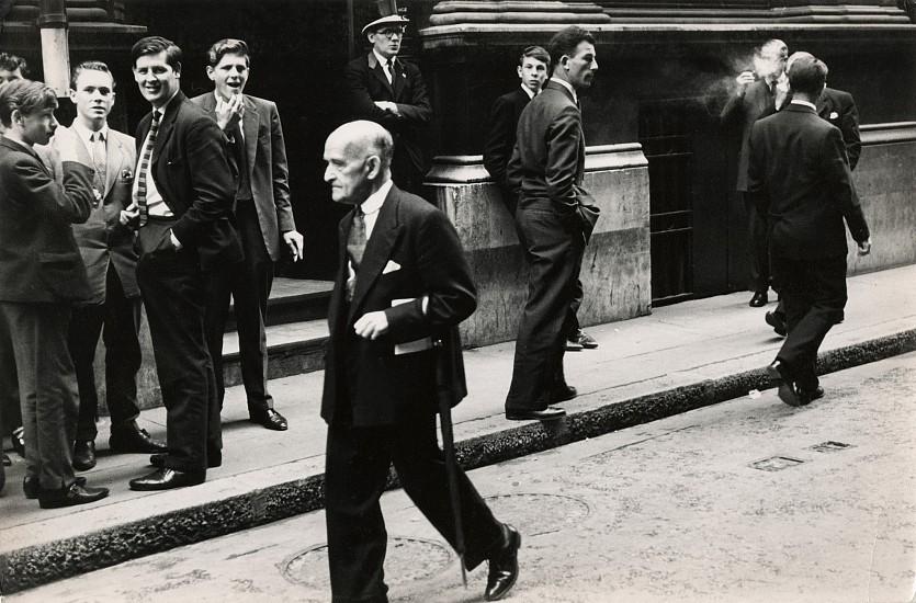 Roger Mayne, Throgmorton Street, London 1960, Vintage gelatin silver print