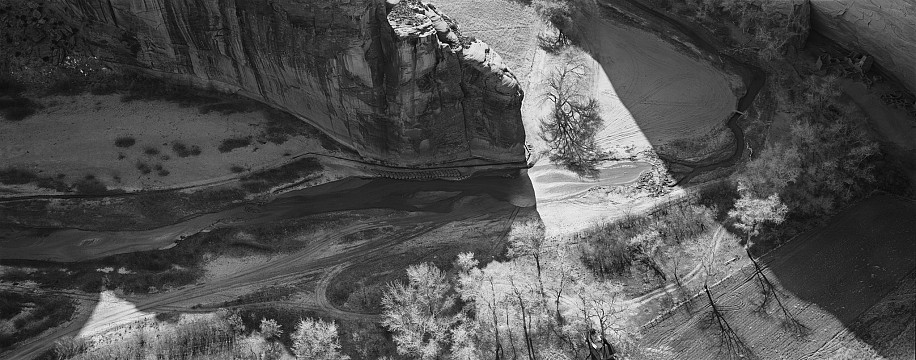Lois Conner, Antelope Ruins, Canyon de Chelley, Arizona 1993, Platinum print