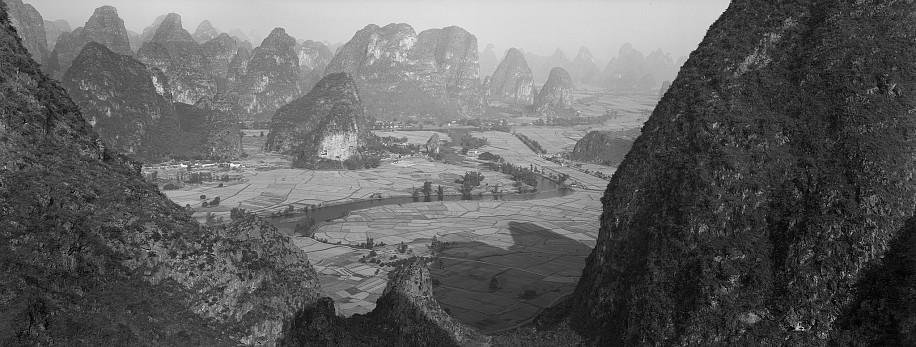 Lois Conner, Yueliang shan, Guangxi, China 1985, Platinum print