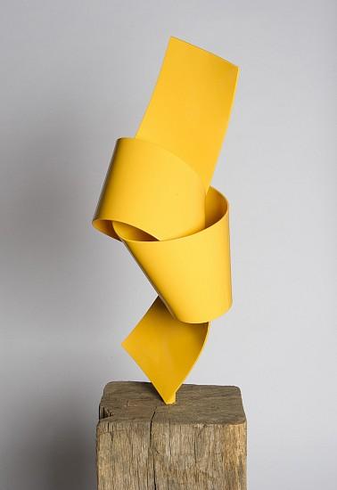 Joe Gitterman, Yellow On Point 2016, Stainless steel