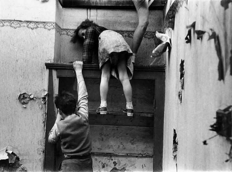 Roger Mayne, Children in a Bombed Building, South London 1954, Vintage gelatin silver print