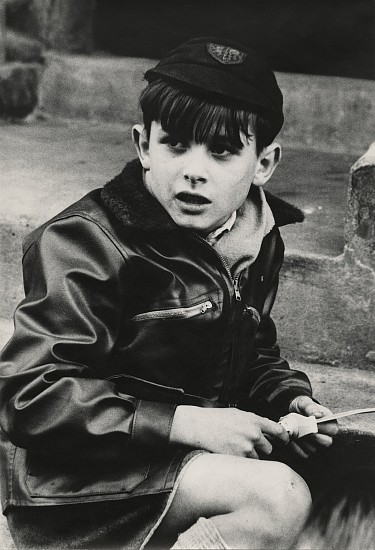 Roger Mayne, Boy, St. Stephens Gardens 1957, Vintage gelatin silver print
