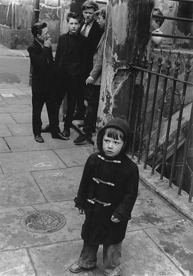 Roger Mayne, Street Scene, St. Stephens Gardens 1958, Vintage gelatin silver print